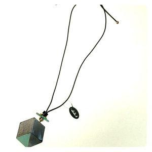 alisha.d necklace